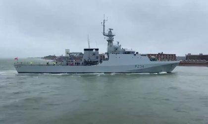 Coopération militaire algéro-britannique : le patrouilleur HMS Trent accoste au port d'Alger