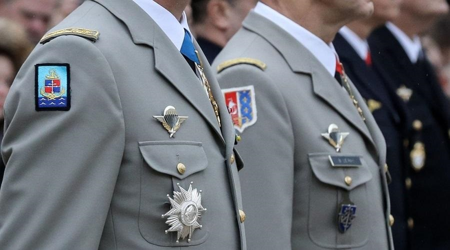 généraux Macron