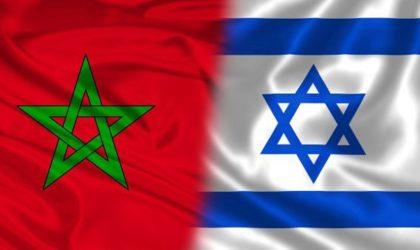 Des tours-opérateurs israéliens exhibent le drapeau de l'entité sioniste sur la frontière algérienne