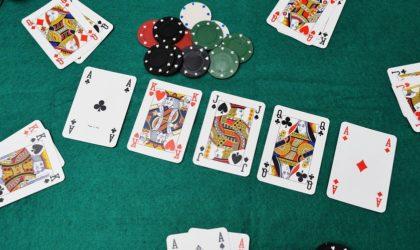 Les joueurs de jeux de hasard en Algérie se passionnent pour le poker en ligne
