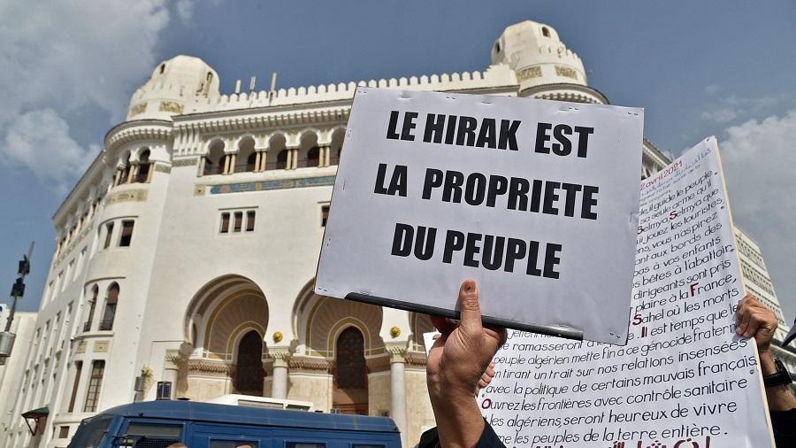 Hirak champ politique algérien