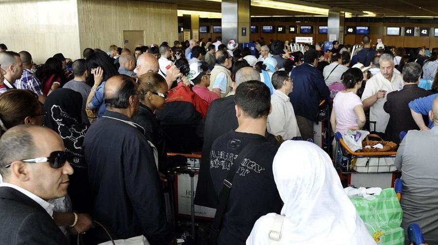 aéroport émigrés