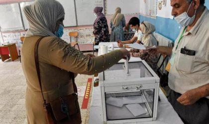 Législatives : mauvais timing, abstention record, choix cornélien pour Tebboune