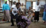 Kenya : contre les agressions sexuelles, des femmes âgées apprennent à se défendre